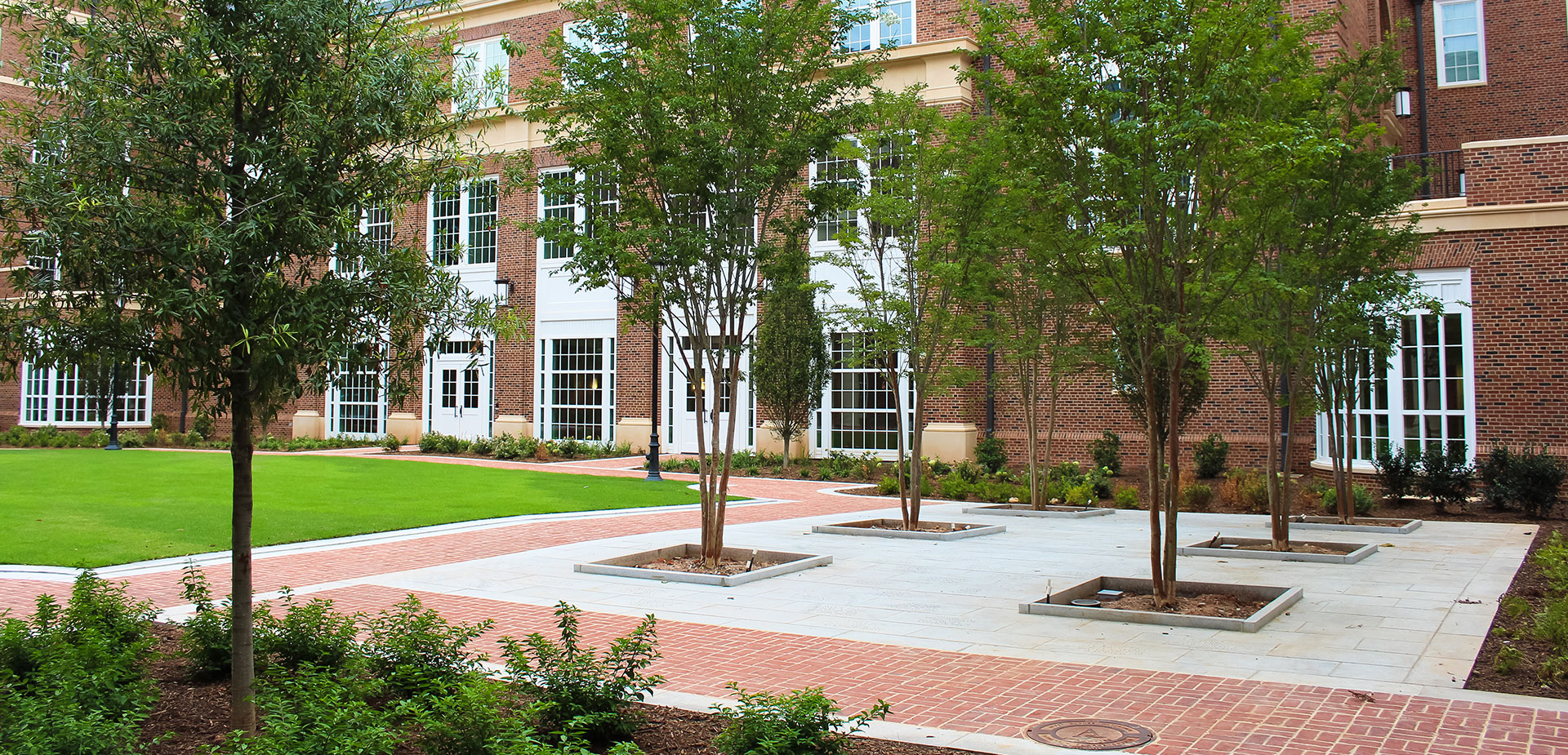 UGA Business Learning Center
